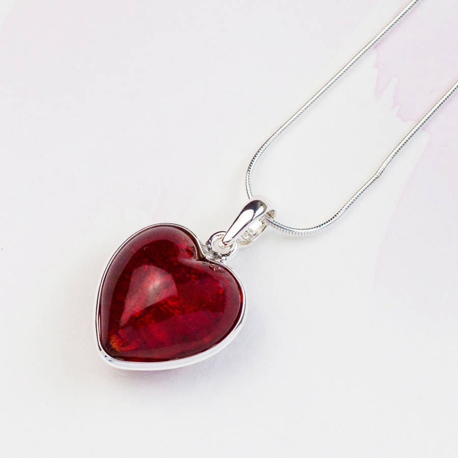 graphic simple heart red drawing pendant and a silver
