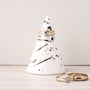 Ink Splatter Ceramic Ring Cone