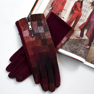 Merino Wool Gloves In Check - gloves