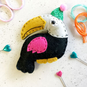 Party Toucan Felt Sewing Kit