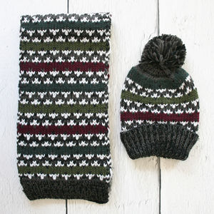 Mens Nordic Stripe Chunky Knit Hat And Scarf Set - scarves