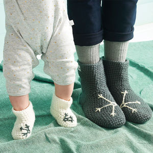 Mummy And Me Handmade Snowflake Slipper Sock Set