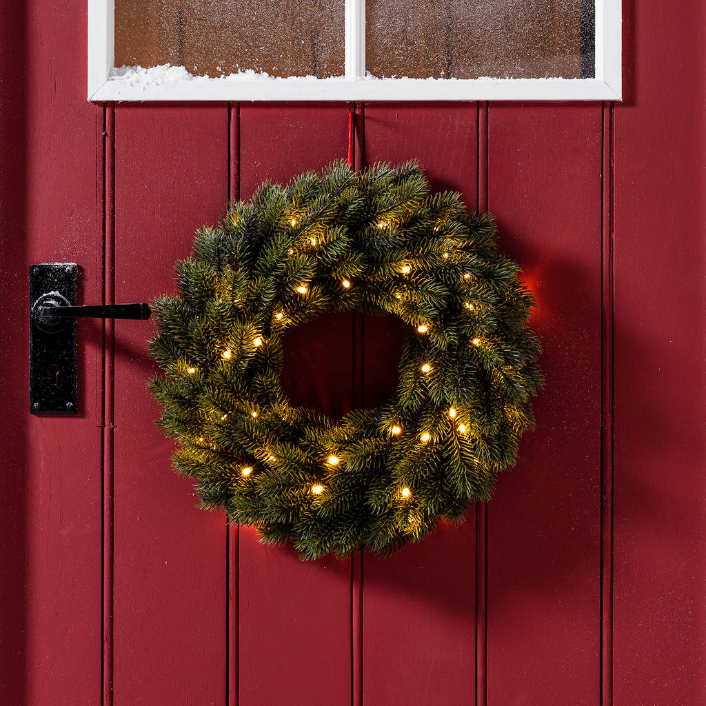 pre lit outdoor artificial christmas wreath by lights4fun ...