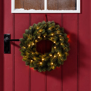 Pre Lit Outdoor Artificial Christmas Wreath - wreaths