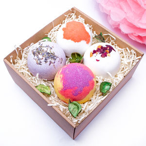 Blooming Good Bath Bombs
