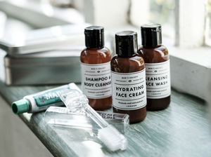 Weekender Wash Kit - gift sets