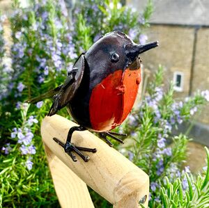 Little Metal Robin Garden Decoration