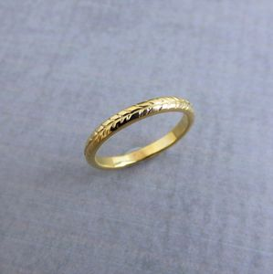 Gold Vine Engraved Ring