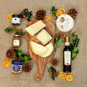 Italian Cheese And Condiment Hamper - hampers