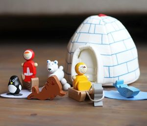 Igloo Wooden Playset