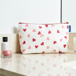 Emma Bridgewater Hearts Toiletries Bags