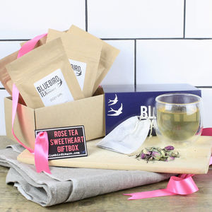 Rose Tea Sweetheart Giftbox - gifts to eat & drink