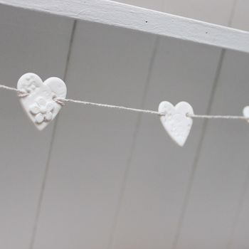 Mini Porcelain Daisy Heart Bunting