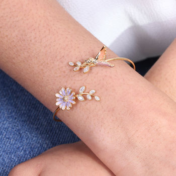 Daisy And Hummingbird Open Bangle