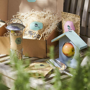 Bird Feeder Gift Box - best father's day gifts