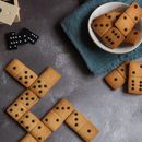 Domino Biscuits