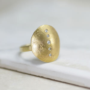 18ct Gold 'Shield' Ring - summer sale