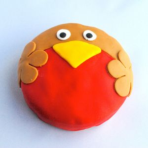 Robin Mini Christmas Cake