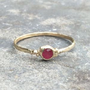 Sun Ring 9ct Yellow Recycled Gold, Natural Ruby - new in jewellery