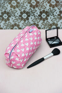 Bella Make Up Bag In Solero Heart Print