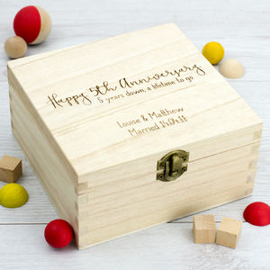 Personalised 5th Anniversary Wooden Keepsake Box - 5th anniversary: wood