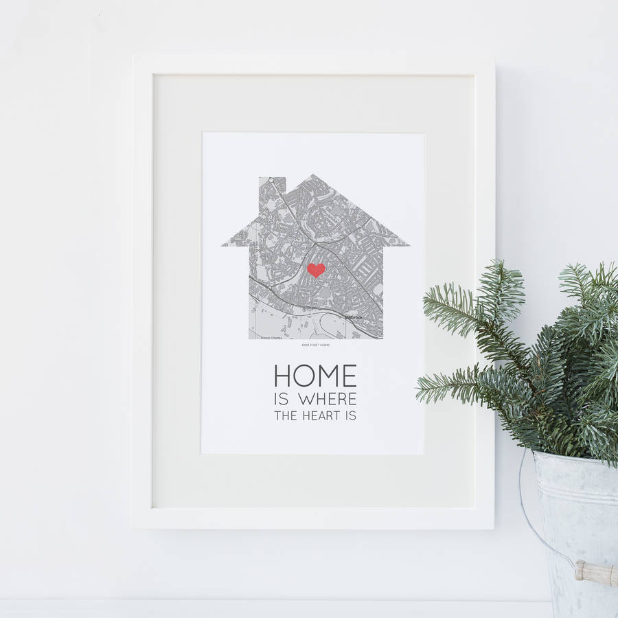 GREAT HOUSE WARMING GIFT PERSONALISED /'HOME IS WHERE THE HEART IS/' MAP PRINT