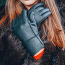Womens Black Sheepskin Gloves