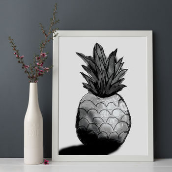 Monochrome Pineapple Print