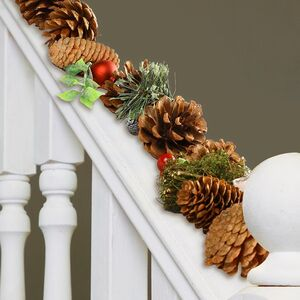 Winter Woodland Luxury Decorated Christmas Garland