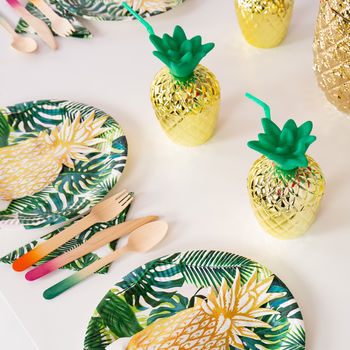 Tropical Fiesta Gold Pineapple Party Cups