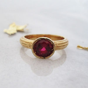 Geb Ring - women's jewellery
