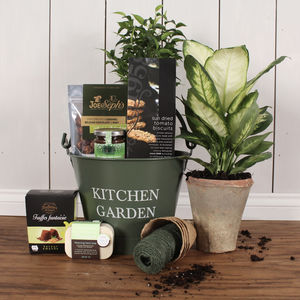 Gardener's Delights Treats Bucket - alcohol free hampers