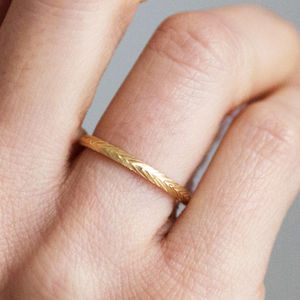 Fairtrade 18ct Gold Wheat Engraved Ring 2mm - wedding jewellery