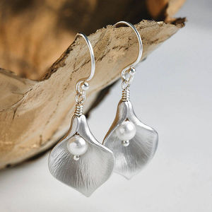 Calla Lily Earrings - wedding jewellery