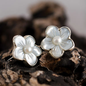 Mother Of Pearl Sterling Silver Flower Earring