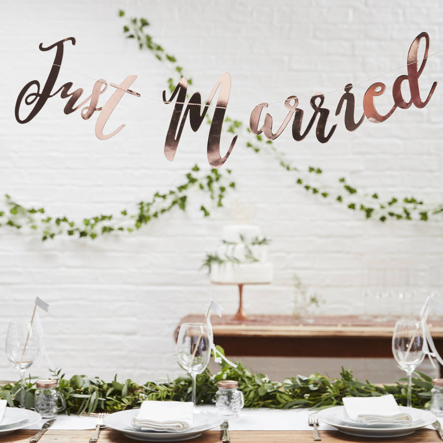 rose gold script font just married wedding bunting by ginger ray. Black Bedroom Furniture Sets. Home Design Ideas