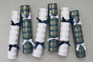 Six Luxury Gingerbread House Village Christmas Crackers