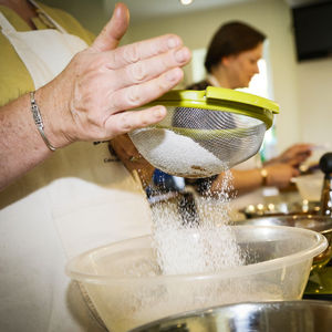 Cake And Baking Workshop For Two With Prosecco