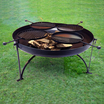 Plain Jane 120cms With Four Swing Arm Bbq Racks