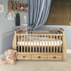Little Acorn Cotbed - children's room