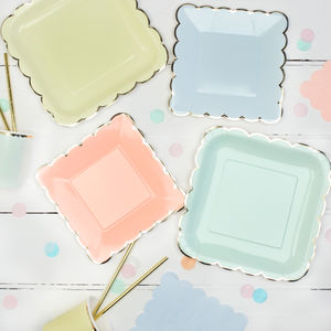 Pastel And Gold Party Plates