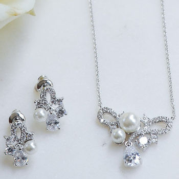 Dainty Crystal And Pearl Earrings And Pendant Set