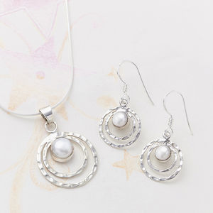 Pearl Infinity Set - jewellery sets