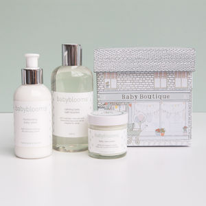 Bubbles And Cuddles Baby Gift Set - bathtime
