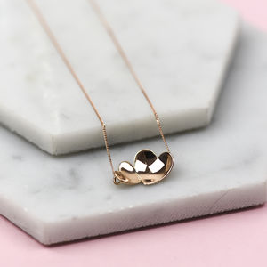 Handmade Solid Gold Concave Hearts Necklace - 50th anniversary: gold