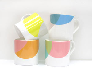 Dip Design Bone China Mug