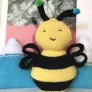 Bee Happy Cushion Knitting Kit