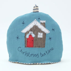 Christmas Cabin Small Tea Cosy
