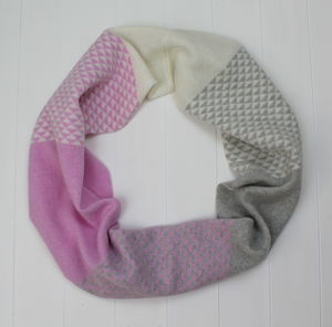 Triangle Knitted Circle Scarf