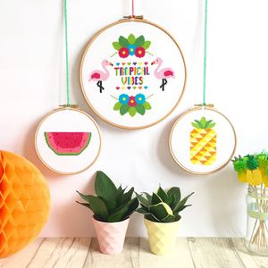 Topical Cross Stitch Gift Set